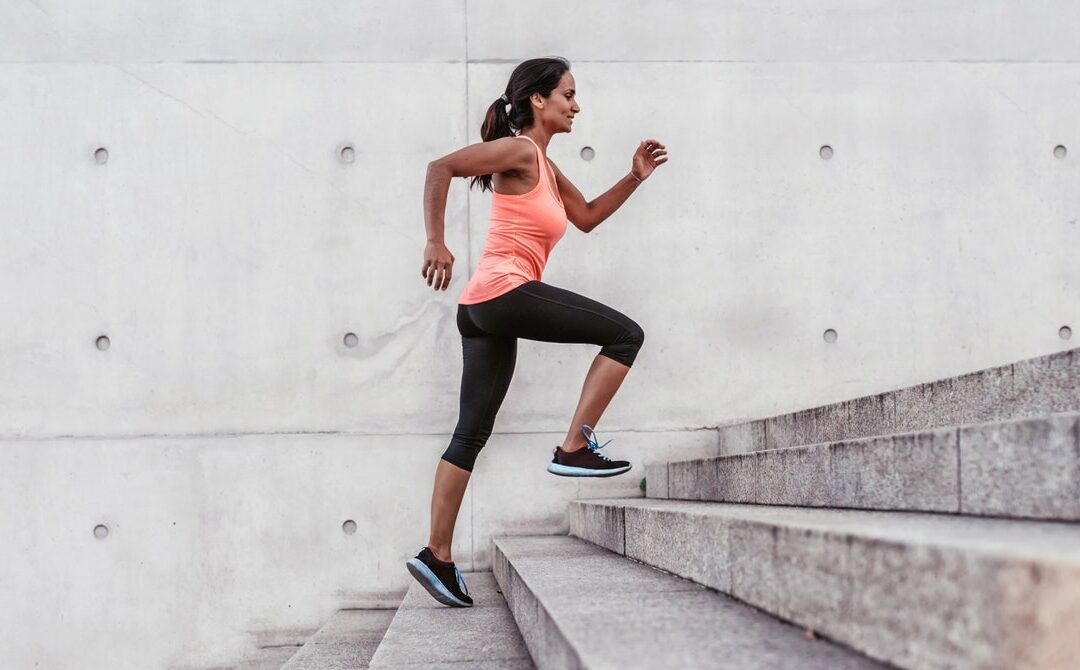 How to Use Running Apps to Hit the Road